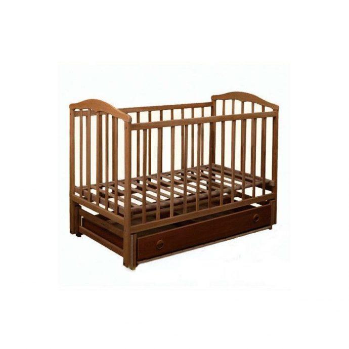 красивая кроватка трансформер маятник для девочки из массива дерева