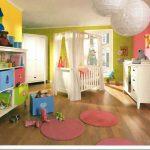 комод из дерева в интерьере детской комнаты сборка