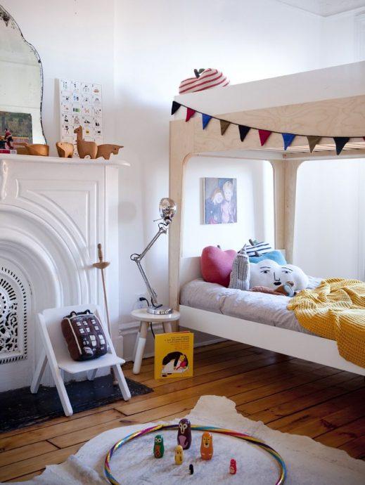 семейная комната в скандинавском интерьере