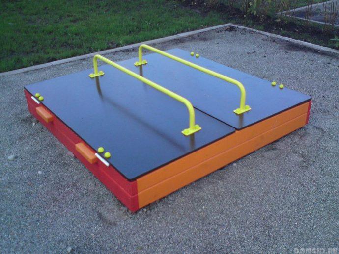 песочница для подростков на даче готовая конструкция