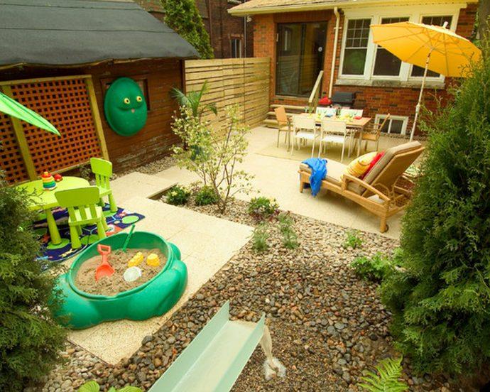 красивый детская площадка для детей