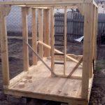 схема игрового домика из массива дерева для дачи