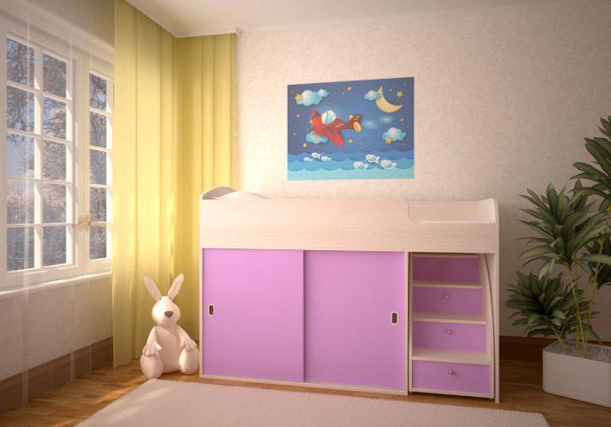 интерьер детской кроватки с выдвижными полками