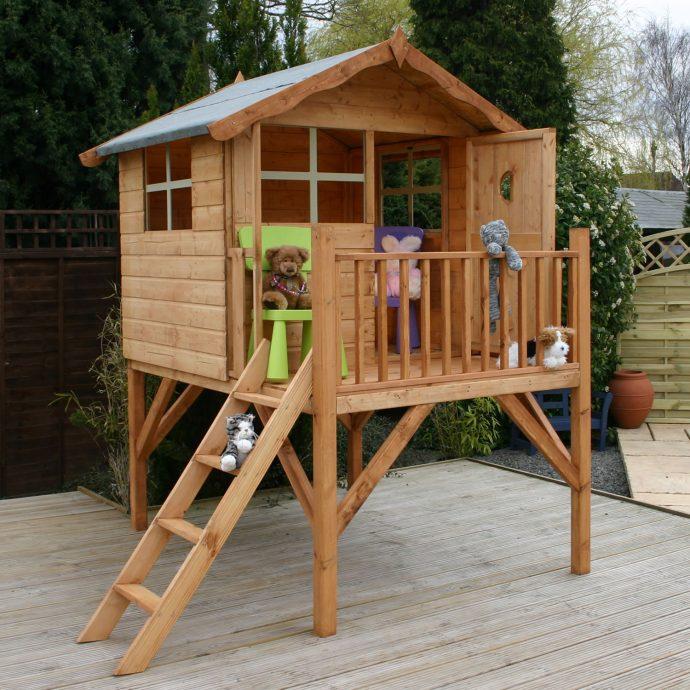 конструкция игрового домика во дворе