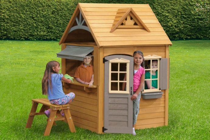 конструкция детского домика из дерева для дачи