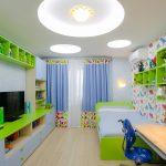 прозрачные шторы в детскую комнату для мальчика в интерьере спальни фото