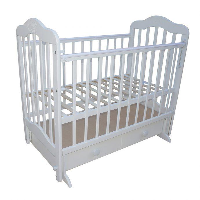 красивая кроватка для ребенка трансформер маятник для мальчика из массива дерева