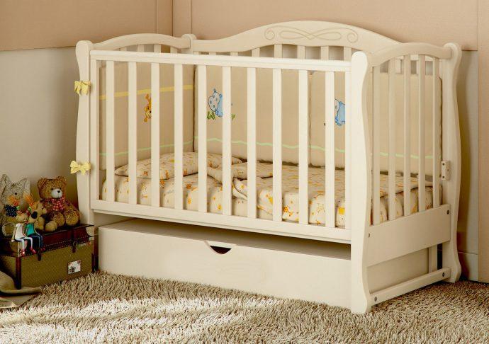 красивая кровать трансформер маятник для мальчика