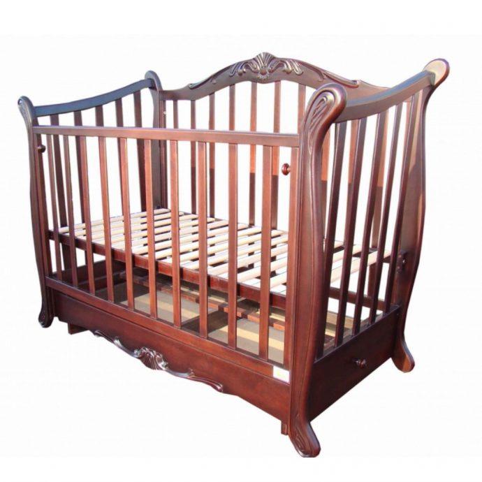 маленькая кровать трансформер маятник для мальчика из дерева