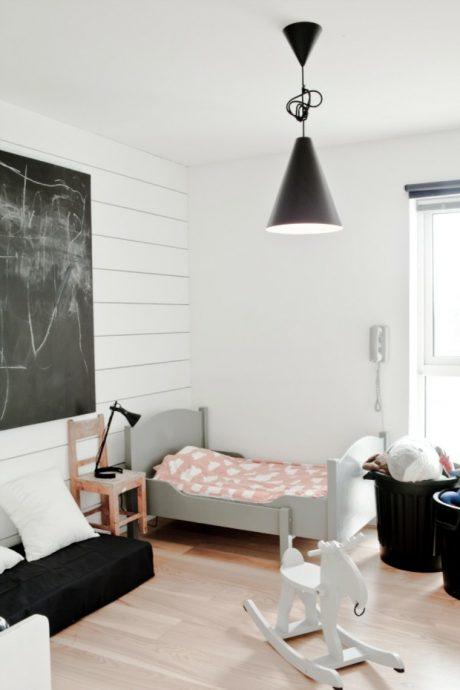 светлая комната в скандинавском интерьере