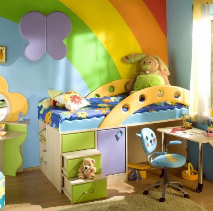 красочная комната