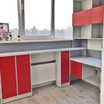 яркая детская мебель для мальчика в детскую комнату пример фото