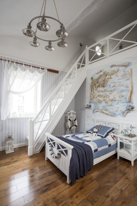 светлая детская комната в стиле прованс для девочки