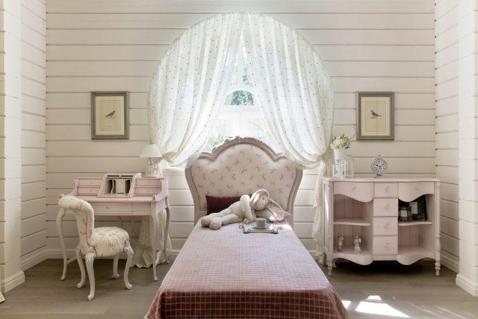 шикарная спальня в дизайне прованс для девочки картинка