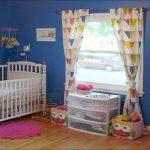 цветные шторы в спальню в интерьере спальни дизайн