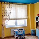 прозрачные шторы в комнату для мальчика в интерьере комнаты фото