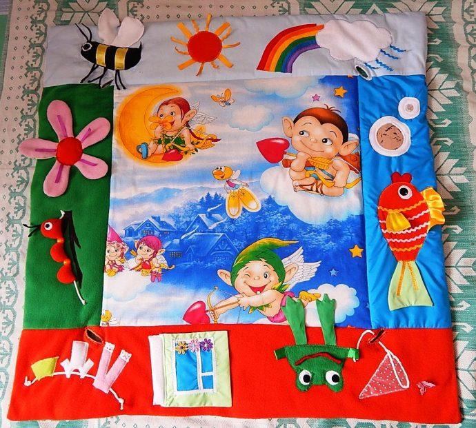 интересный детский коврик