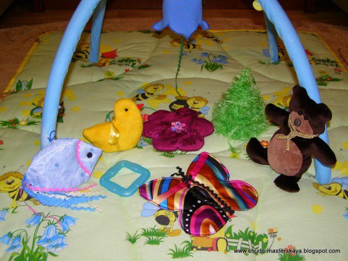 цветной коврик со зверьками пример
