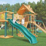 модная детская площадка сделана собой во дворе