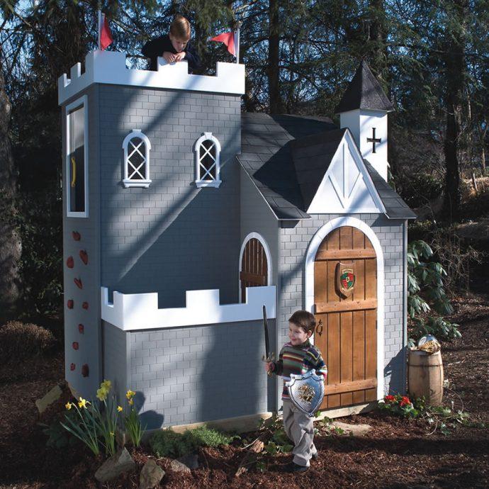 дизайн детского домика из дерева во двор