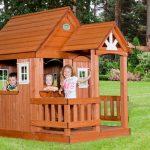 дизайн красивого игрового домика из дерева