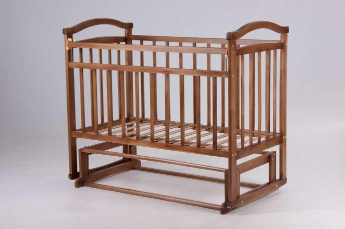яркая детская кровать сделанная своими руками в интерьере фото интерьера
