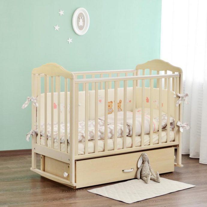 маленькая кроватка для ребенка маятник для девочка