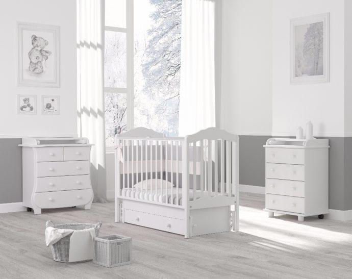 красивая кроватка для ребенка маятник для мальчика